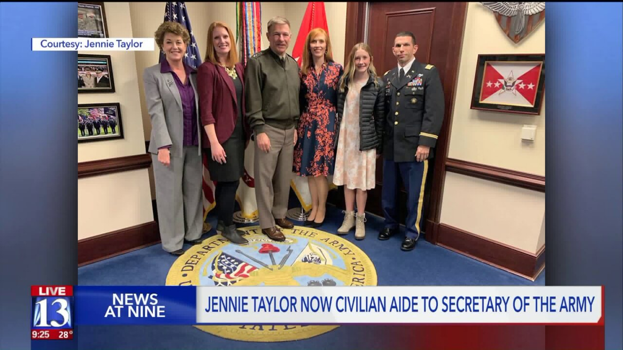 North Ogden's Jennie Taylor sworn in to new government role