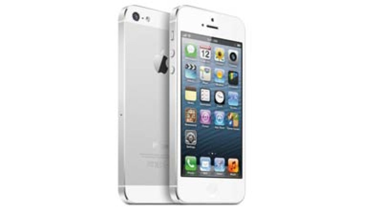 Apple sells 5 million iPhone 5 phones in first weekend