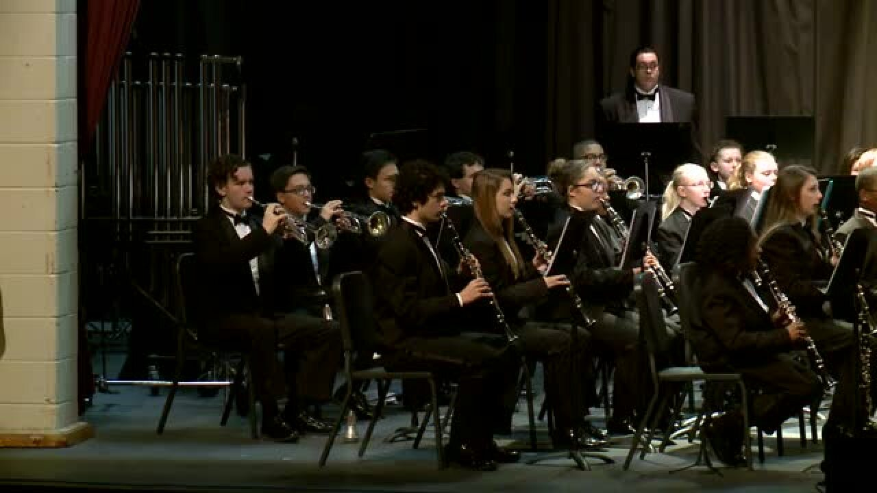 Sounds of the Season – Menchville High ConcertBand