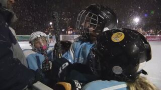 Local hockey players take ice at Acacia Park