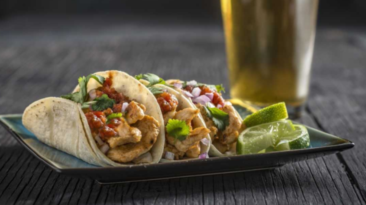 Las Vegas restaurant specials on National Taco Day
