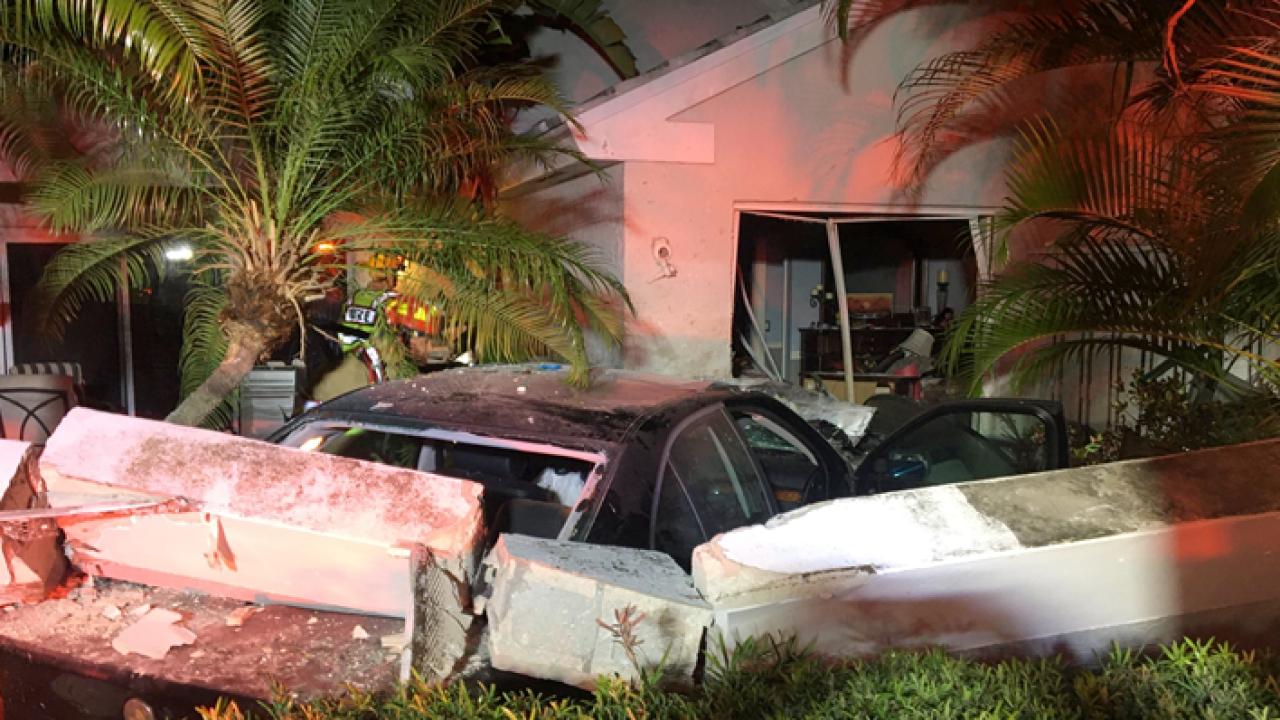 wptv car crashed into PBG house.PNG