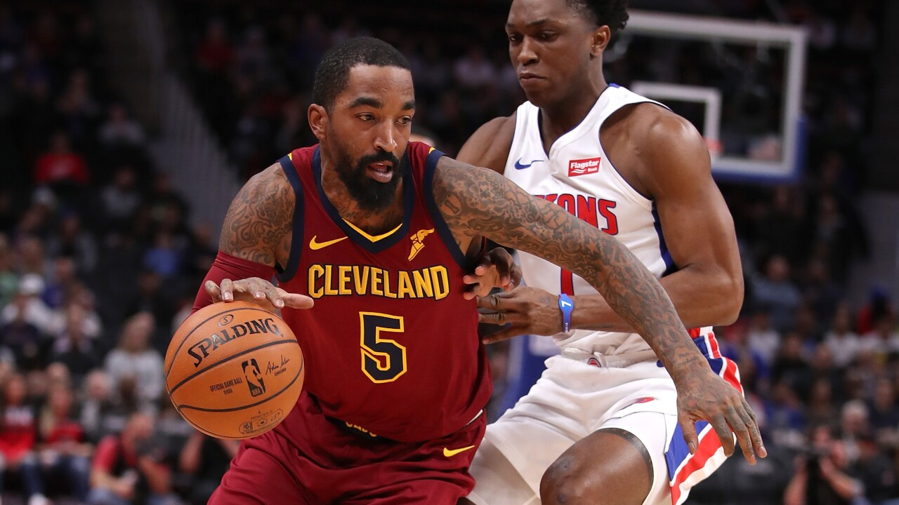 Bucks interested in acquiring JR Smith, per report.