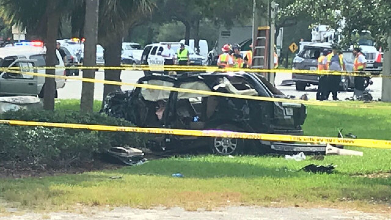 Boca Raton robbery, chase leads to 3-vehicle crash injuring 8 people