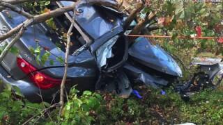 scripps_poway_parkway_crash1_122518.jpg