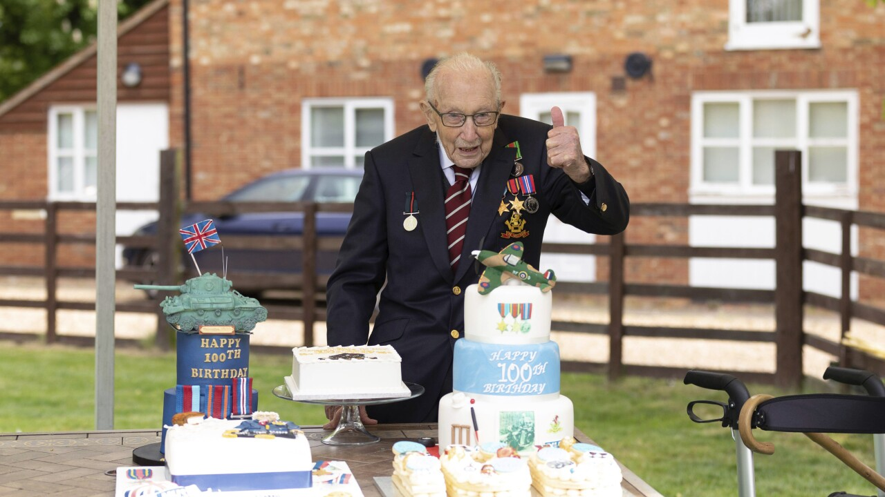 100-year-old WWII veteran to be knighted for raising $40M for health charities
