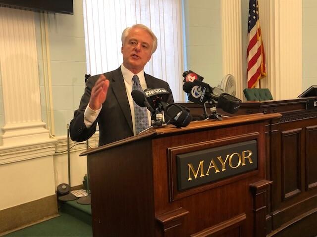 falls mayor 3.jpg