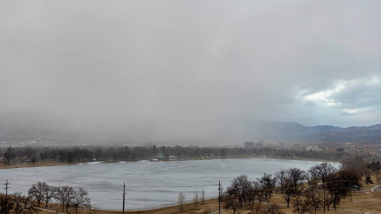 Snow storm coming into Colorado Springs