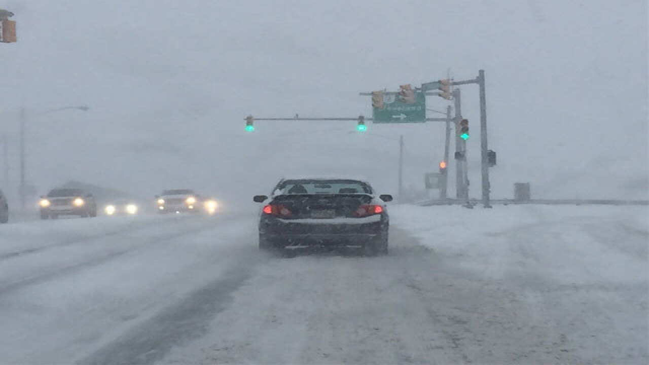 VIDEO & PIX | Snow falls across Northeast Ohio