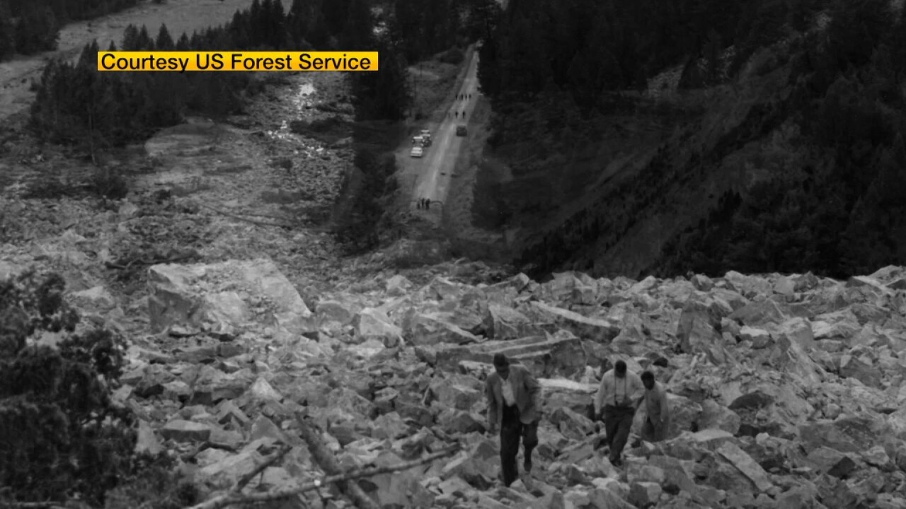 rock slide from quake.jpg