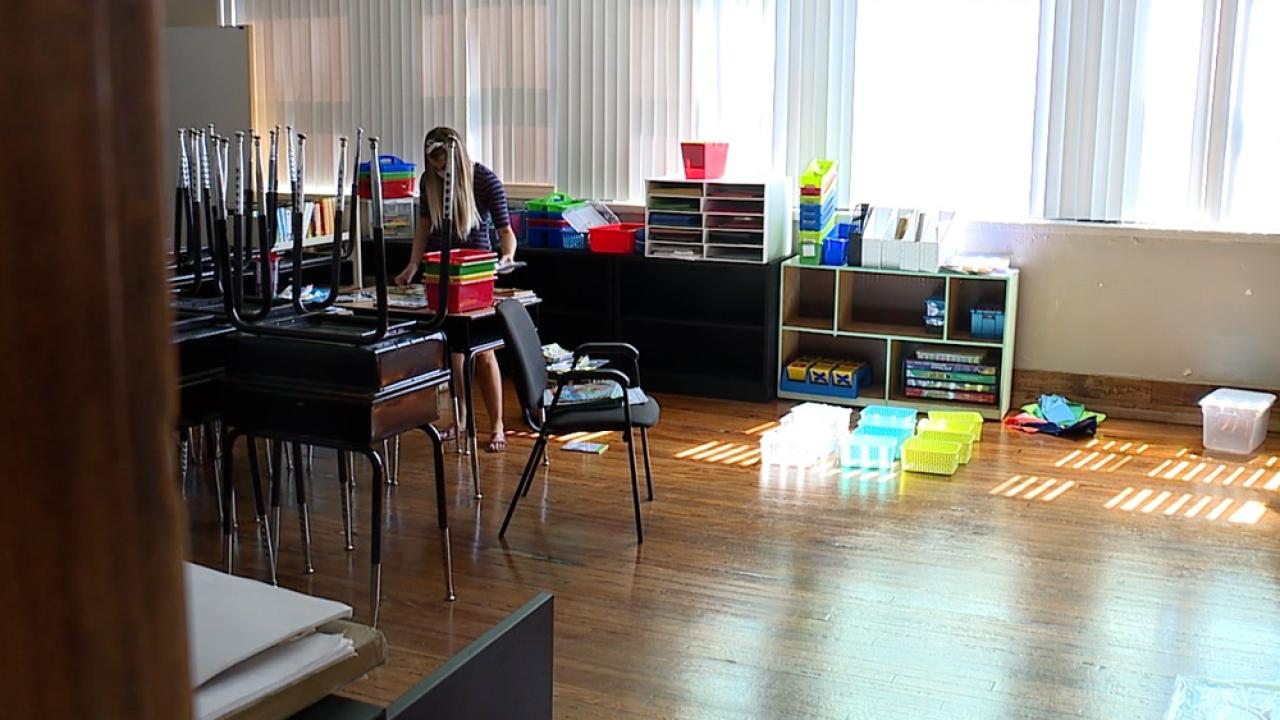 hillsborough-teachers-return-to-schools.png