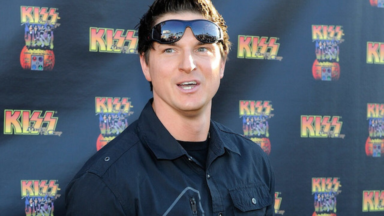 'Ghost Adventures' host Zak Bagans buys naked Trump statue for $28,000