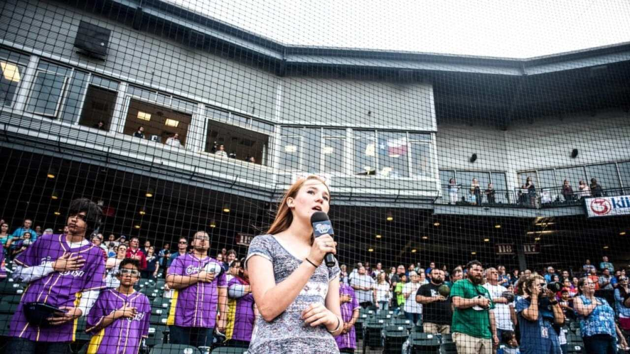 Star-spangled singers sought for Hooks 2020 season