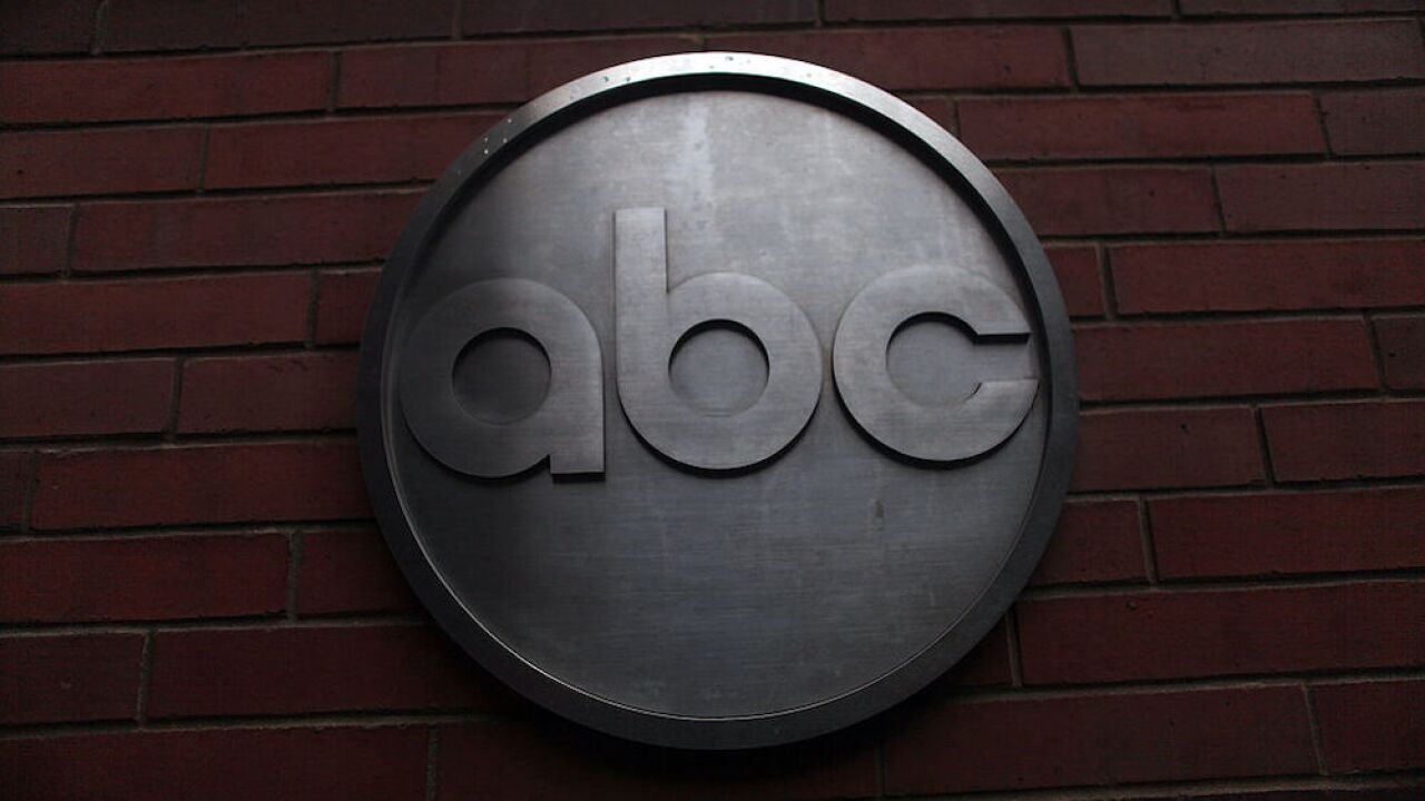 ABC News suspends reporter that incorrectly reported that 4 of Bryant's daughters had died in crash