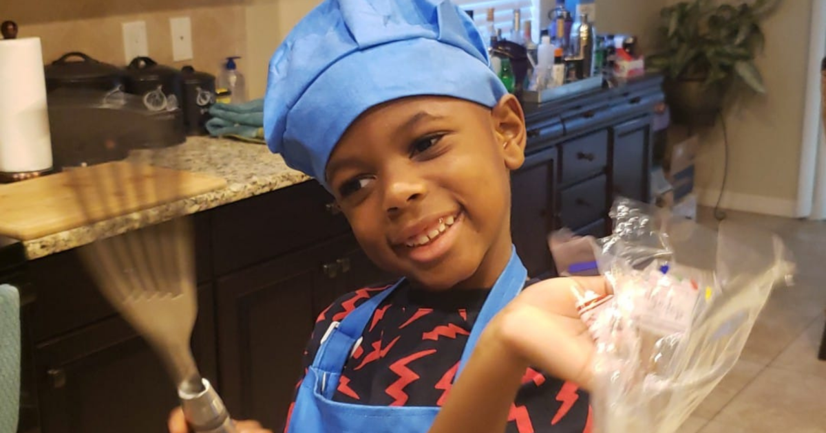 Riverview 5-year-old cooks magic in the kitchen and on Facebook Live