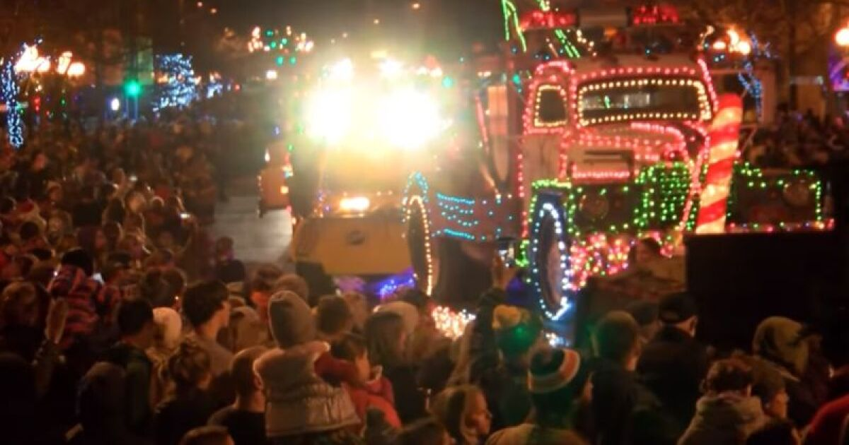 Christmas Stroll Great Falls Mt 2020 Coming up soon: Parade Of Lights and Christmas Stroll