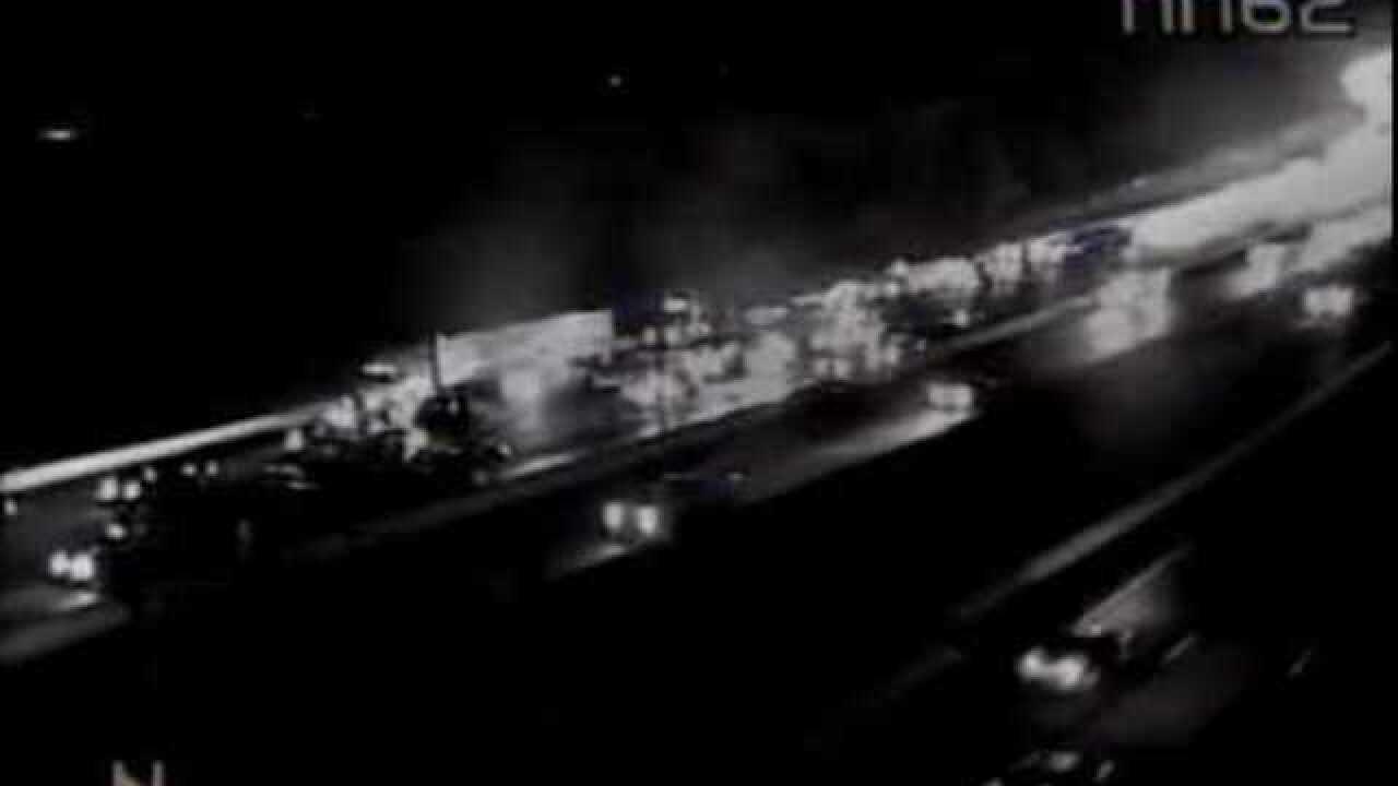 Crews on scene of multiple vehicle crash on I-95