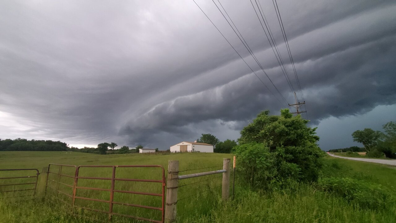 May 27 2021 shelf cloud