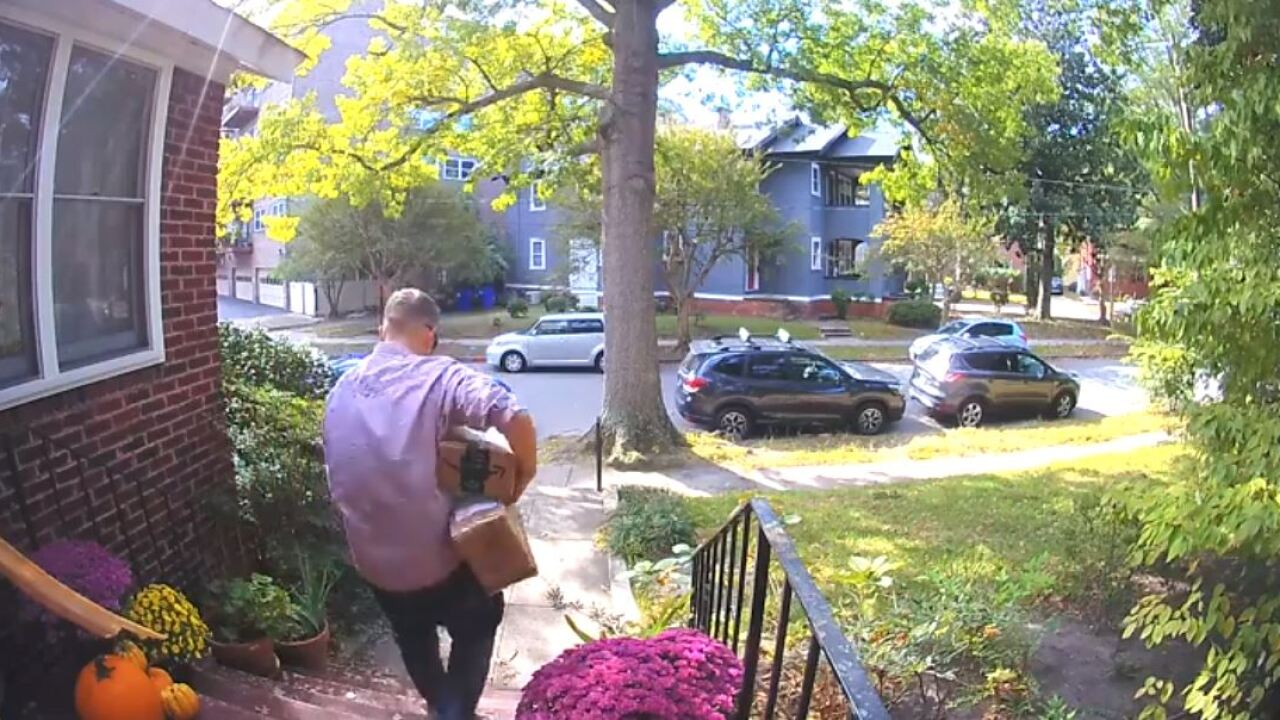 Norfolk man says thief stole packages from frontporch