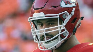 Chiefs player goes from winning Super Bowl to working in health care facility amid pandemic