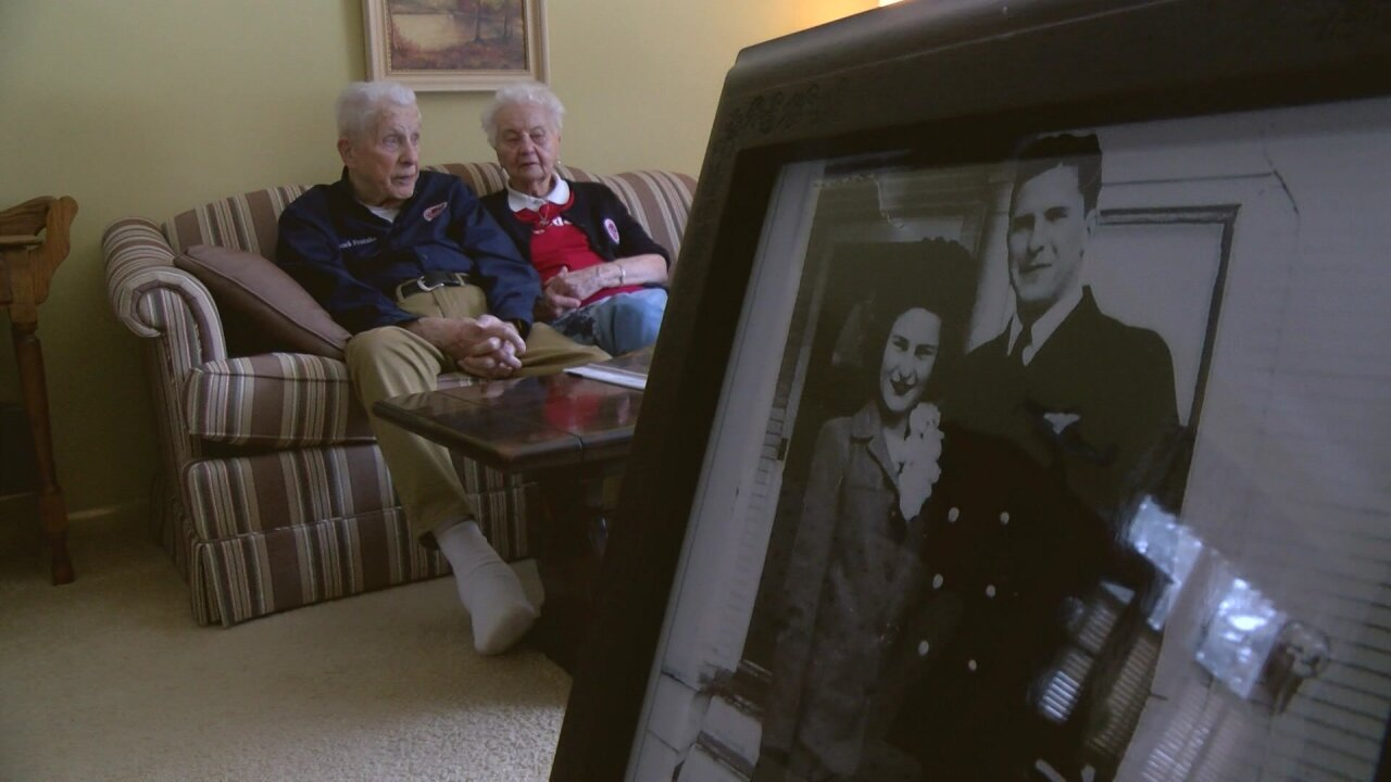 Wisconsin couple celebrates 80th Valentine's Day together