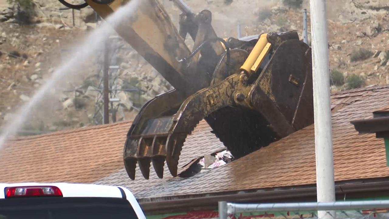 Lazy KT motel demolition