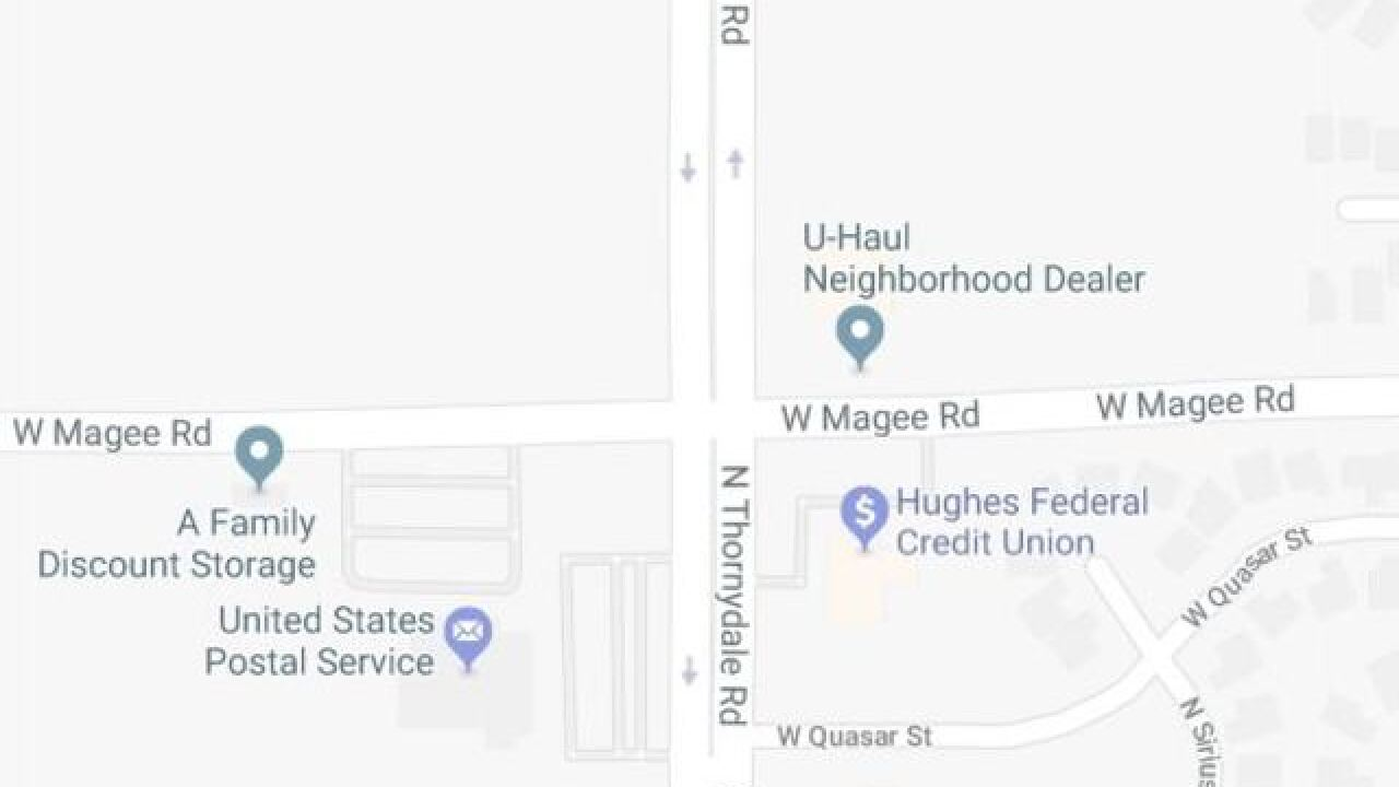 Crash Closes Nb Thornydale At Magee