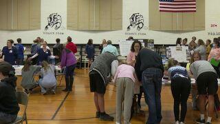 Cascade school hosts job fair