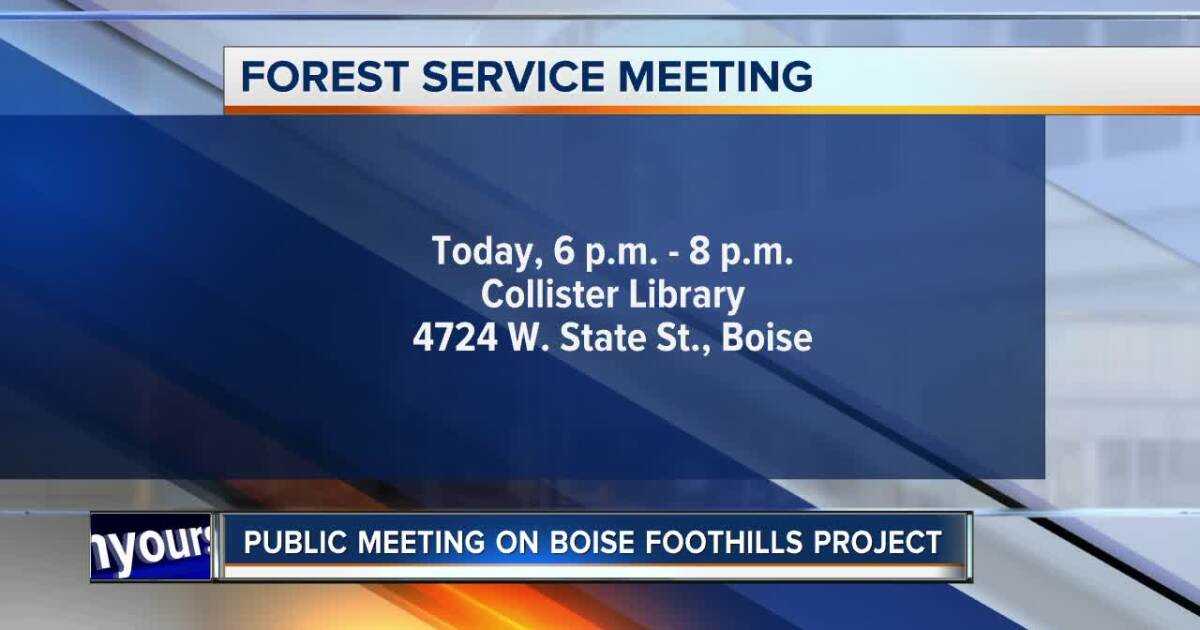 Boise National Forest officials discussing foothills project