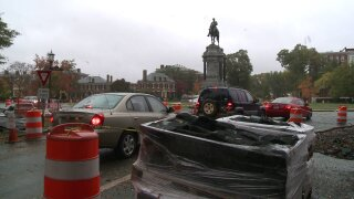 Monument Avenue traffic blocked at Leemonument