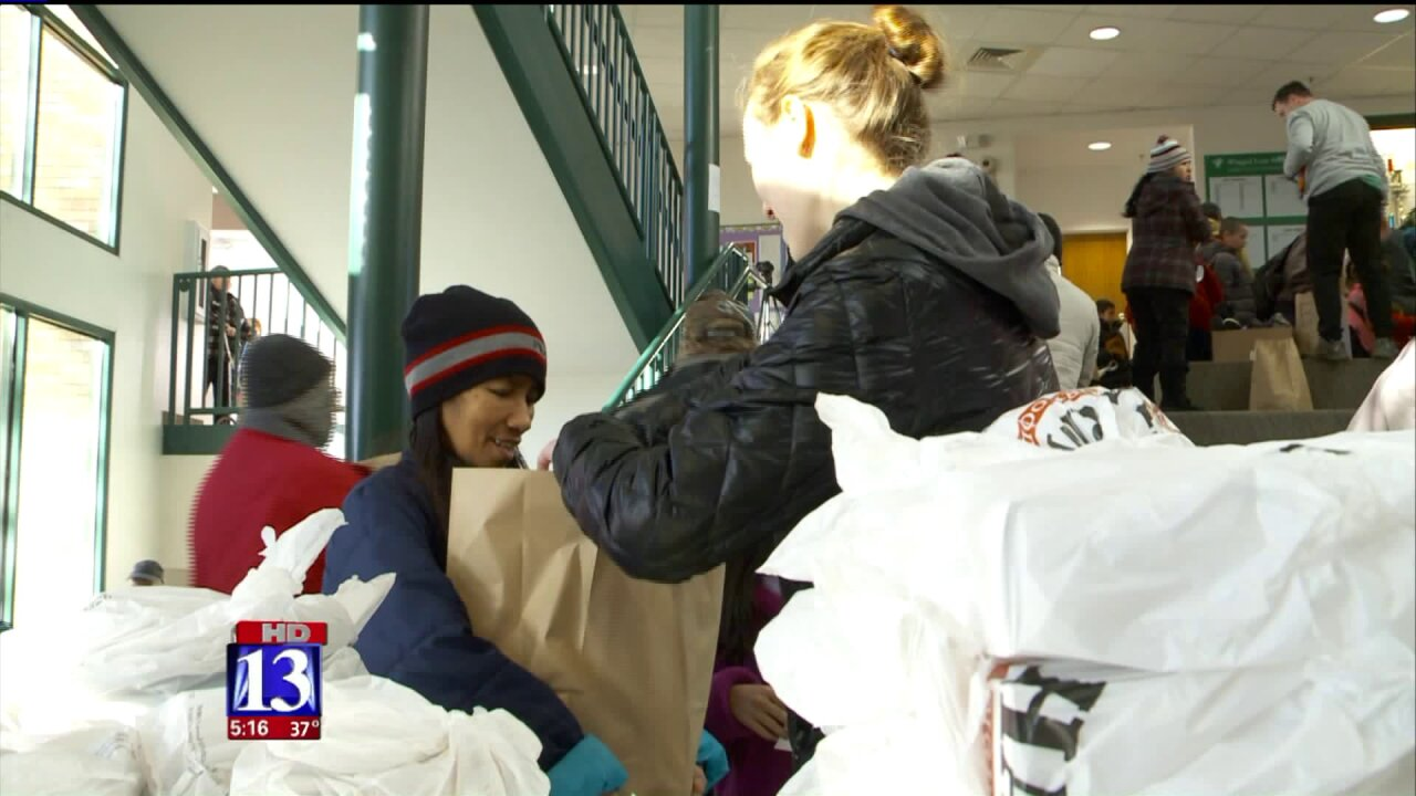 Crossroads Urban Center provides Christmas baskets to hundreds of families inneed
