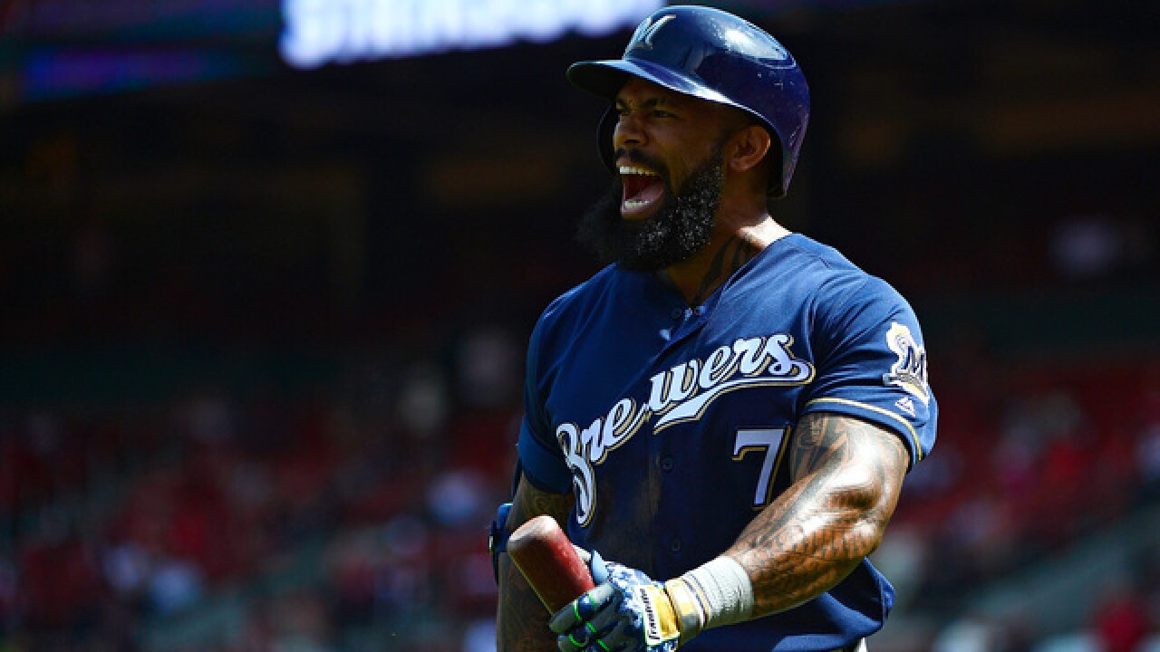 Eric Thames leaves Sunday's game with adductor strain