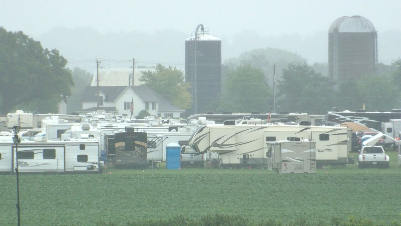 Campers at soggy Country Thunder grounds