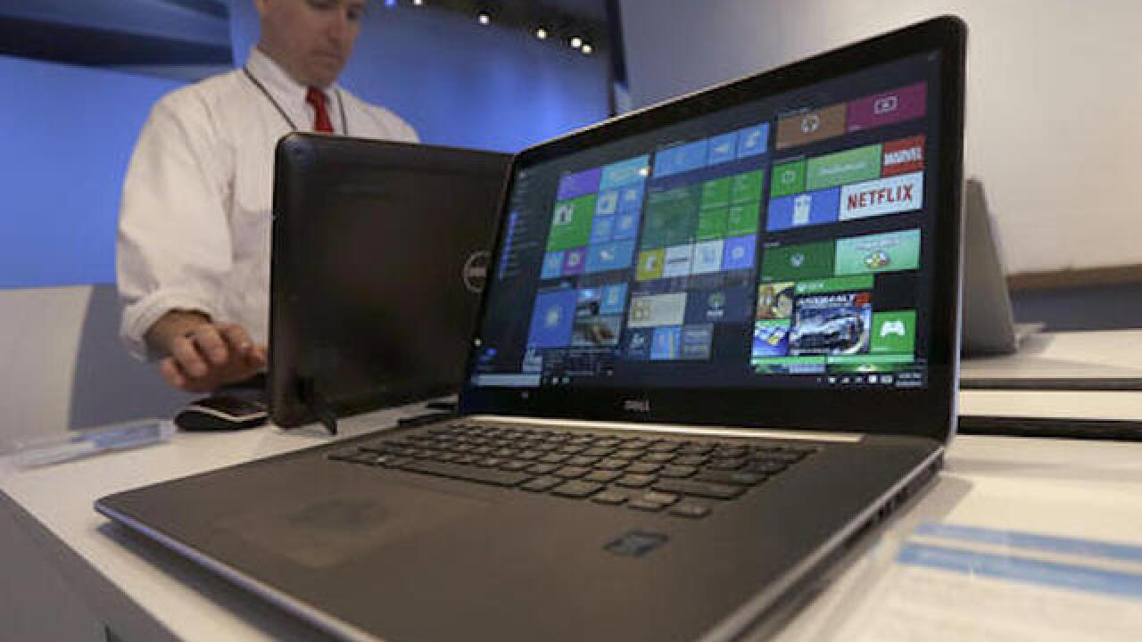 Microsoft denies forcing Windows 10 upgrade