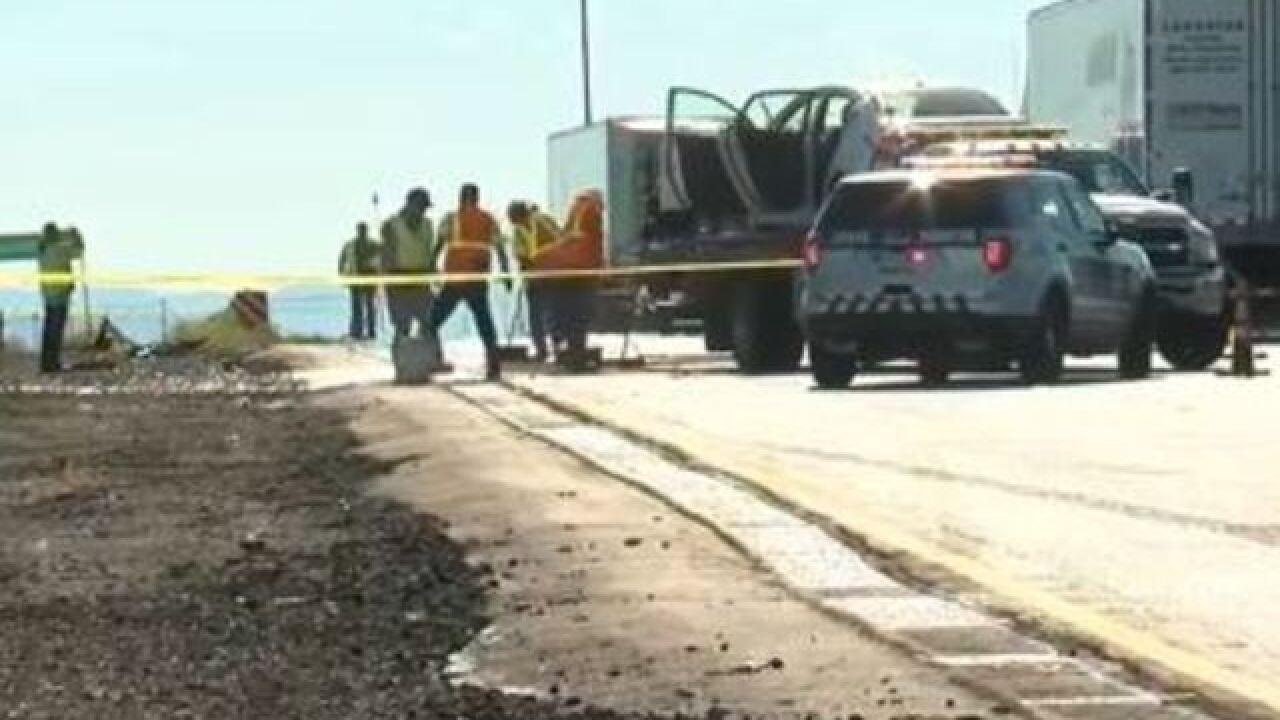 Wreck shuts down EB I-10 at Craycroft