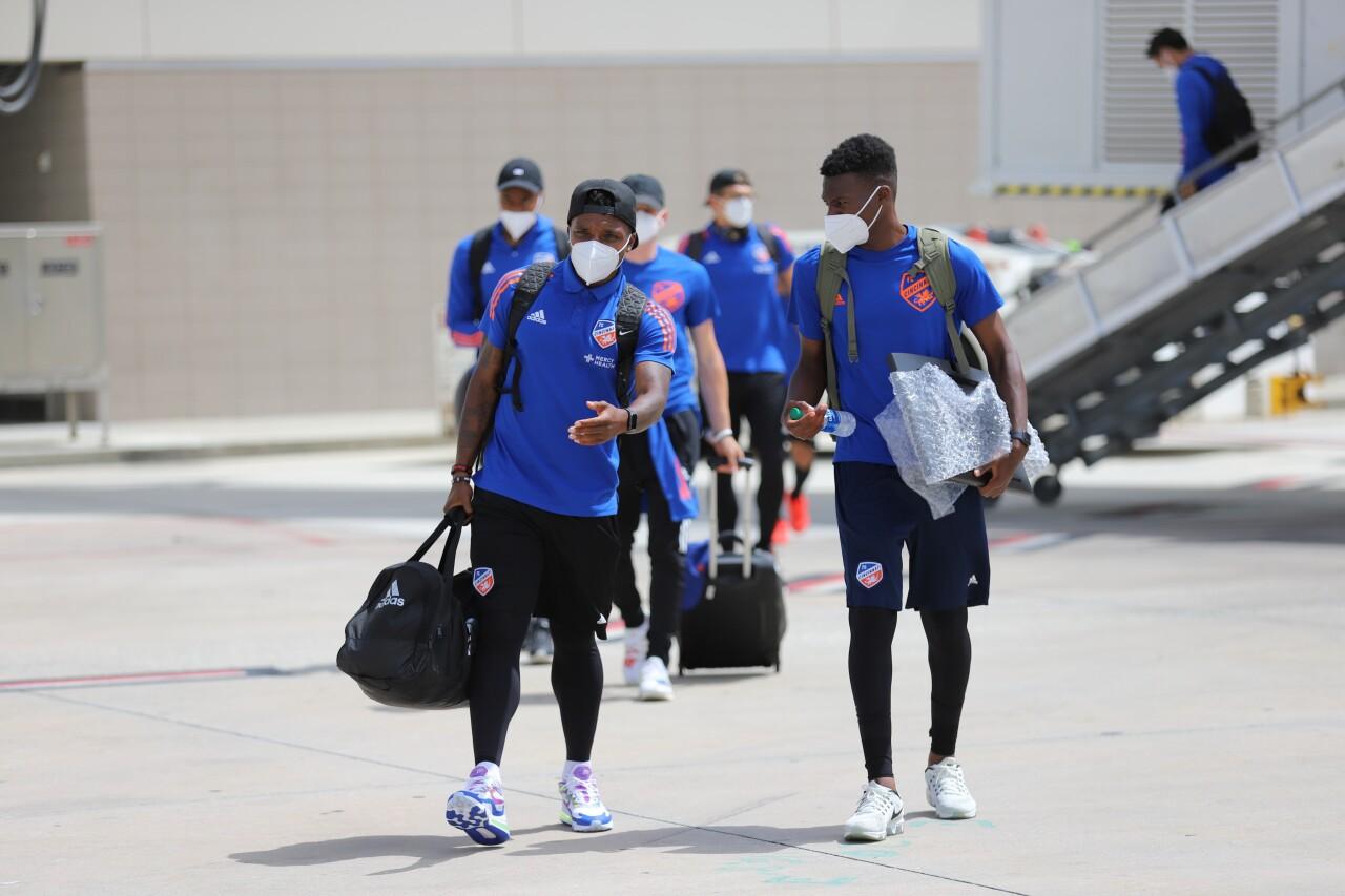 CIN Winger Joseph-Claude Gyau (L) and Midfielder Fatai Alashe (R).JPG