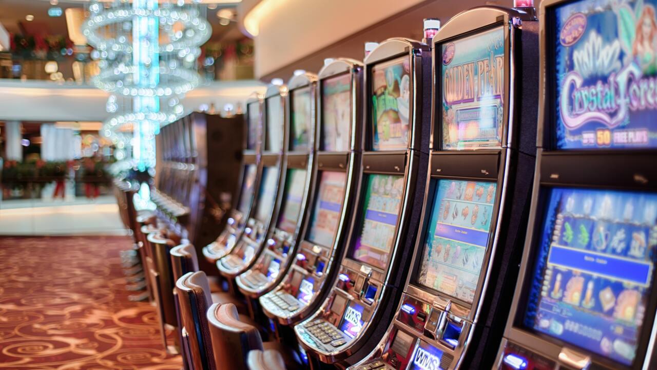 addiction-bet-betting-5258.jpg