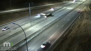 Caught on camera: Plane lands on highway in Minneapolis