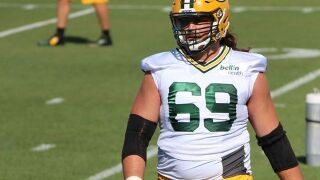 "David Bakhtiari's injury deemed ""not too serious,"" per reports"