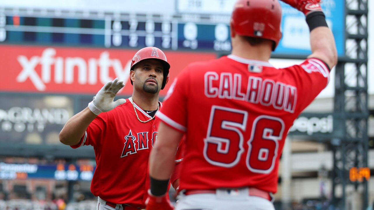 """He can keep it"": Albert Pujols OK with fan keeping milestone ball"