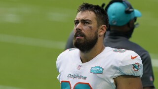 Miami Dolphins defensive tackle Zach Sieler looks at scoreboard in 2020