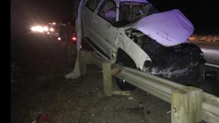 man dies after swerving to avoid hitting deer