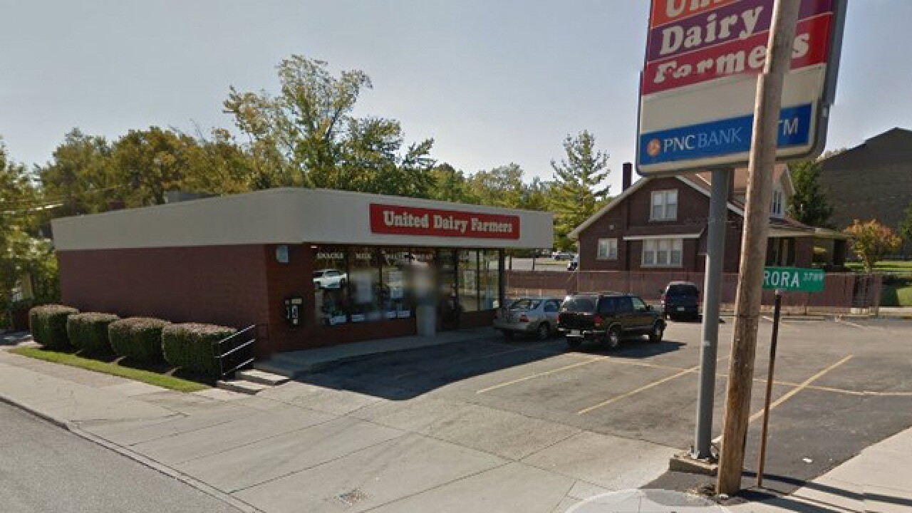 Armed gunmen hold up Green Township UDF gas station