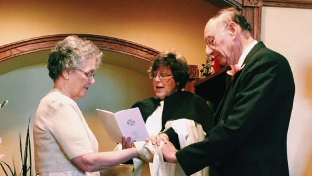 High school sweethearts reunite after more than 60 years, tie the knot