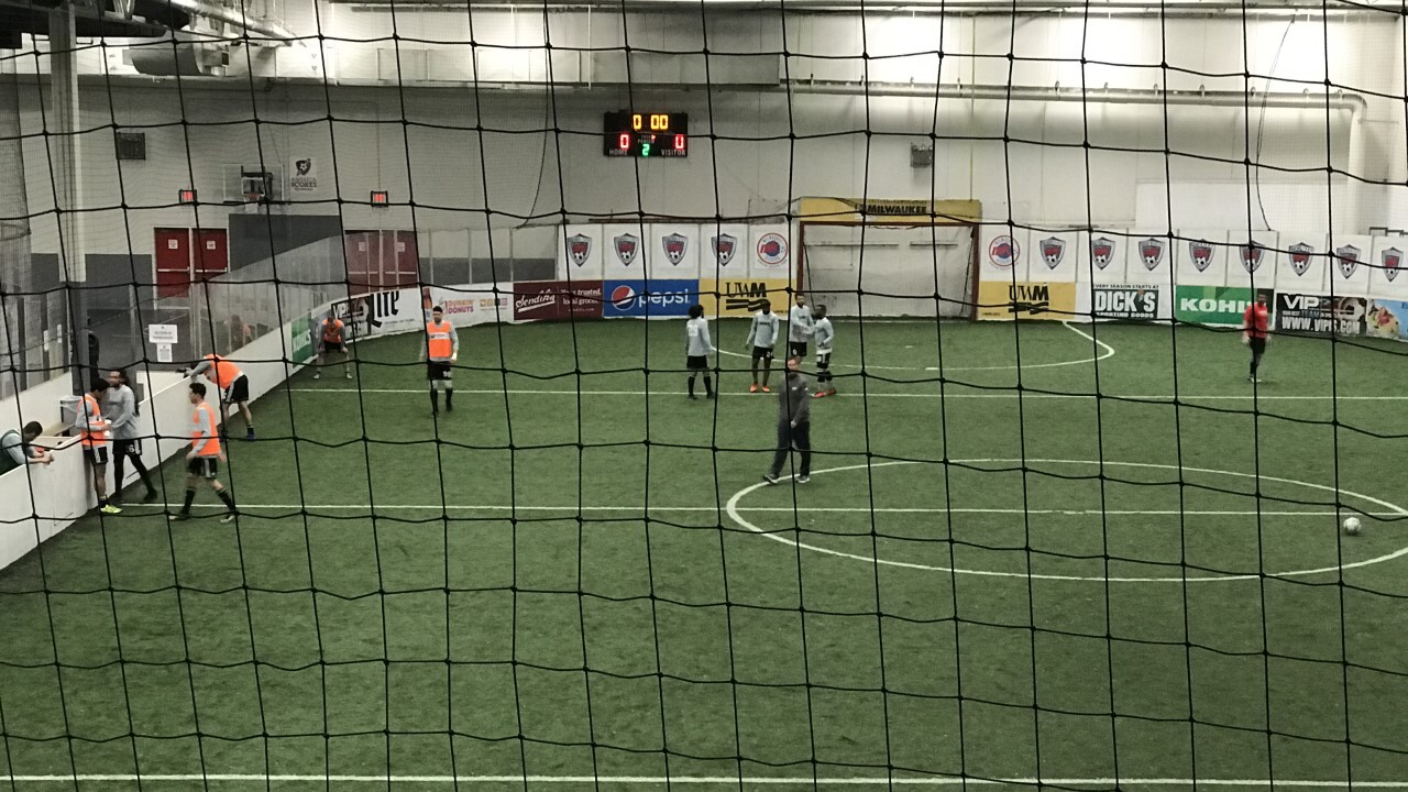 NYE: Wave vs Outlaws at UW-Milwaukee Panther Arena