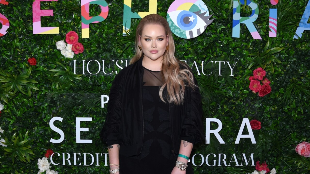 YouTuber NikkieTutorials comes out as transgender after being blackmailed