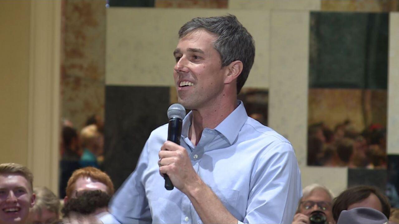 Beto O'Rourke campaigns inVirginia
