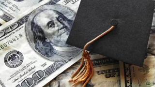 scholarship-graduation cap.PNG