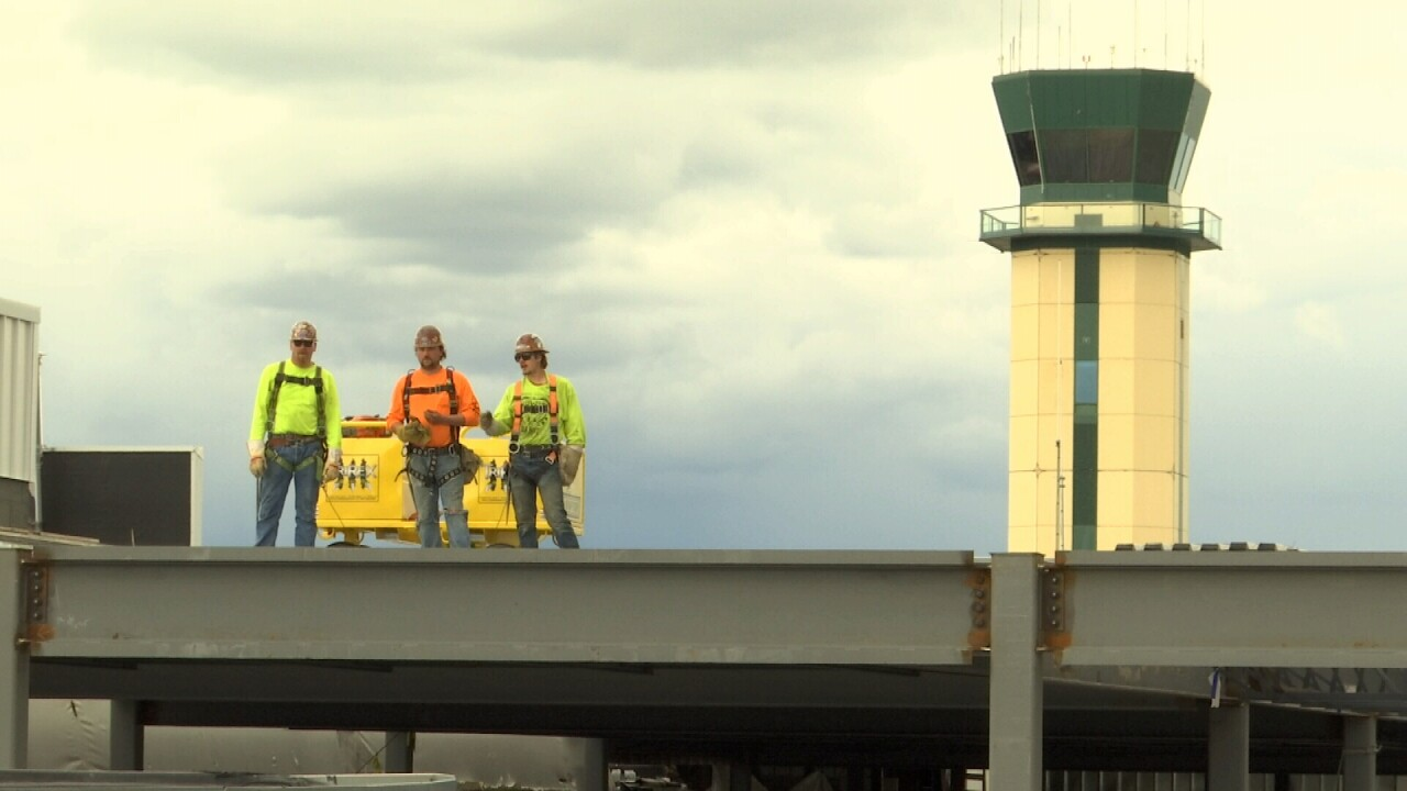 051121 AIRPORT CONSTRUCTION.jpg