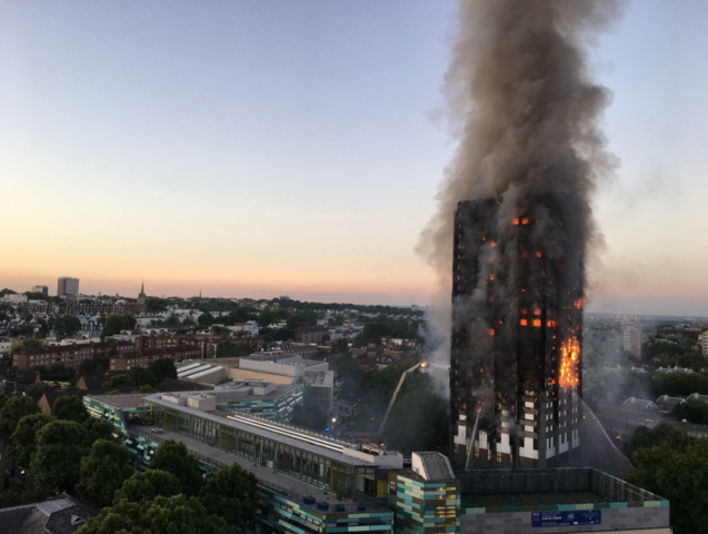 Photos: 24-story tower engulfed in London